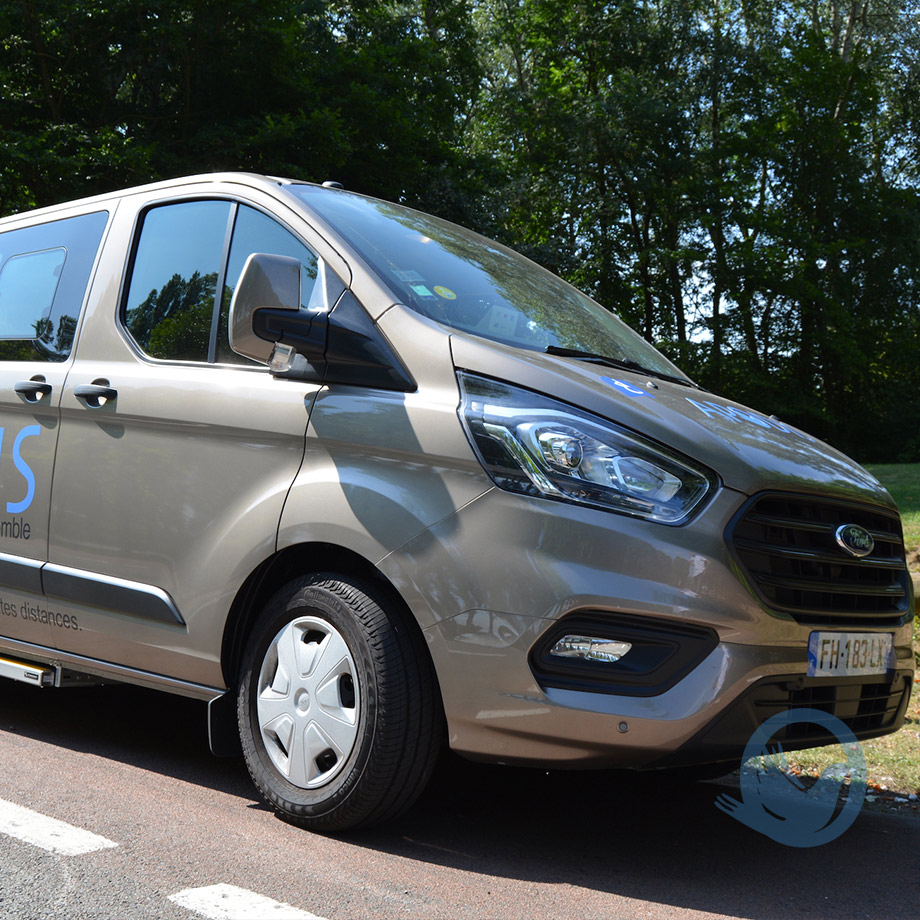 Ford transit d'APODIS confort
